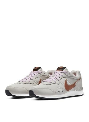 Nike Ayakkabı Bej